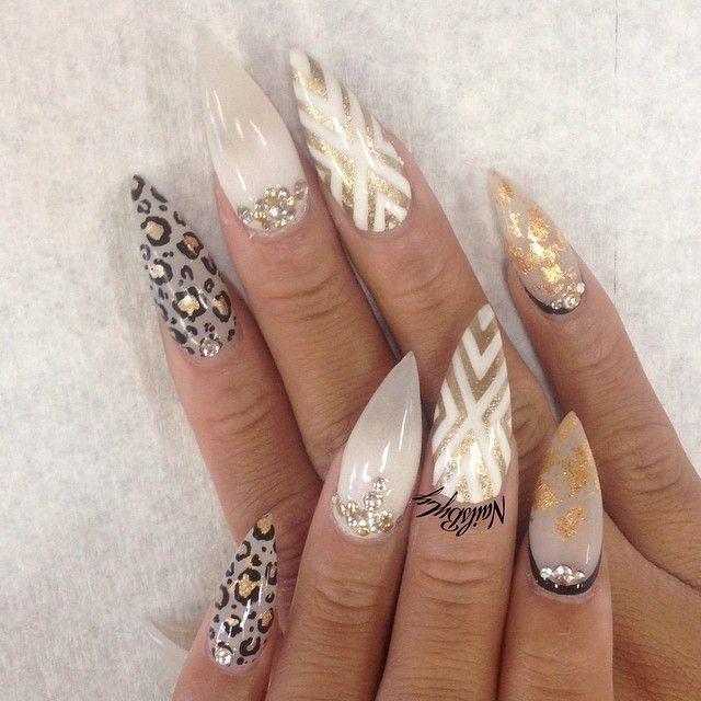 Pretty stiletto nails pictures photos and images for - Nageldesign beige gold ...
