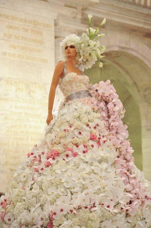 Как сделать украшения на платье цветы