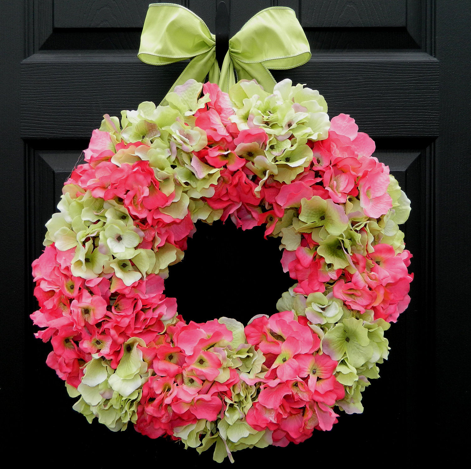 Hydrangea Wreath: Spring-Summer Hydrangea Wreath Pictures, Photos, And