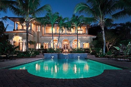 Mansion Backyard Pictures, Photos, And Images For Facebook