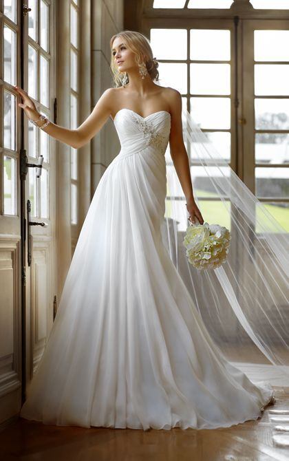 Strapless Flowing Wedding Dress Pictures, Photos, and Images for ...