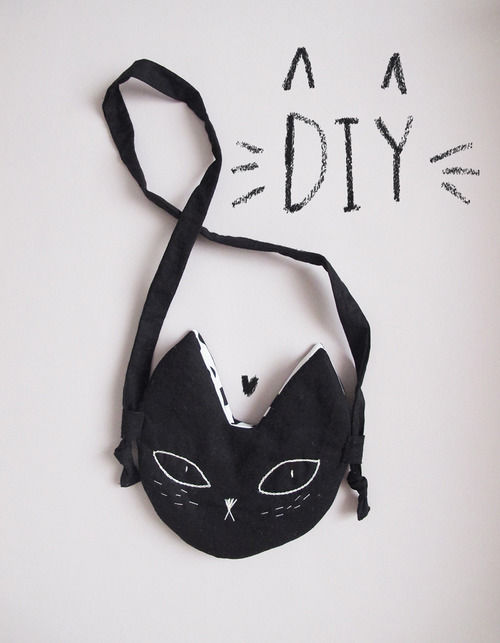 Diy Pochette Kitty Pictures Photos And Images For Facebook Tumblr
