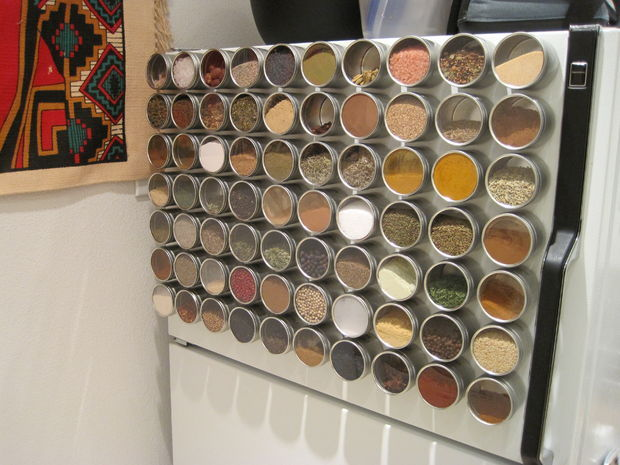 magnetic spice jars pictures photos and images for facebook tumblr pinterest and twitter. Black Bedroom Furniture Sets. Home Design Ideas