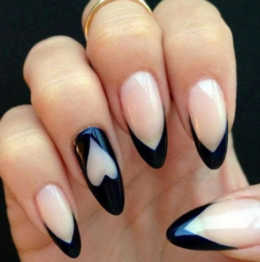 Almond Shaped Nail Art Pictures Photos And Images For Facebook