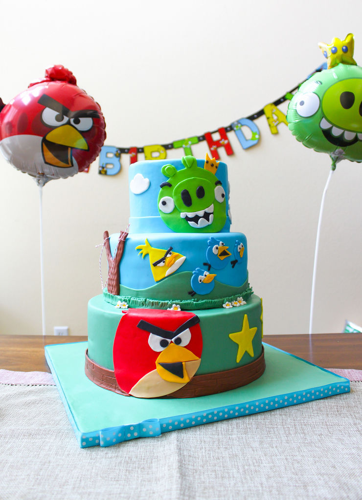 Angry Bird Birthday Cake Pictures Photos And Images For Facebook