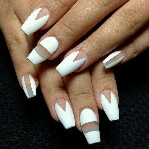 Nail art white
