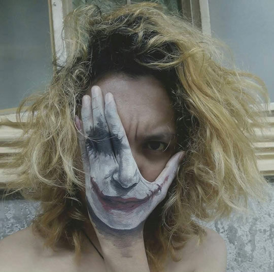Smile Creepy Viral: Joker Hand Painting Pictures, Photos, And Images For