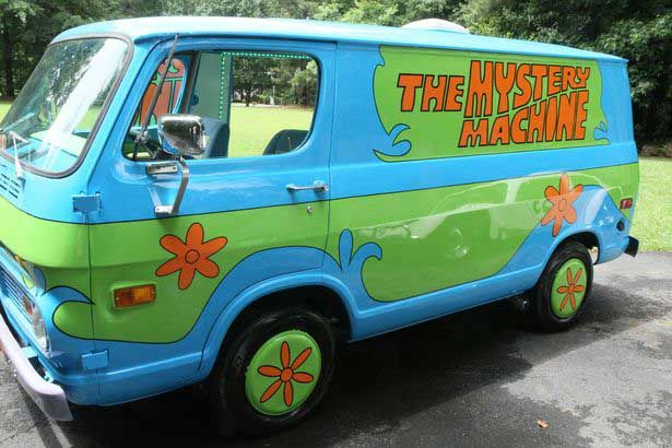 The scooby doo mystery machine pictures photos and - Race de scooby doo ...