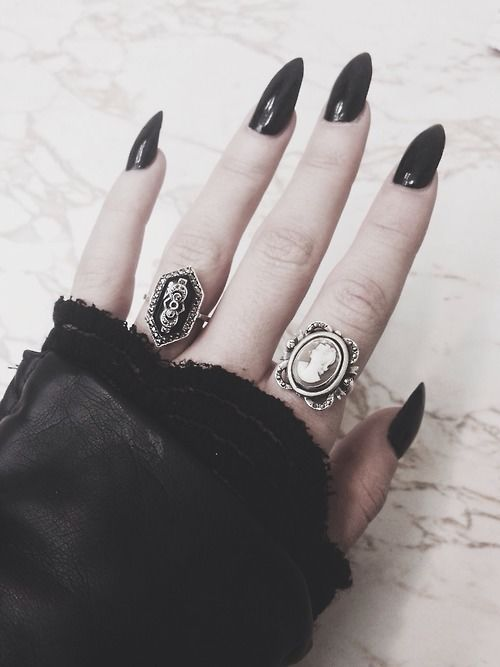 Black Stiletto Nails Pictures, Photos, and Images for Facebook ...