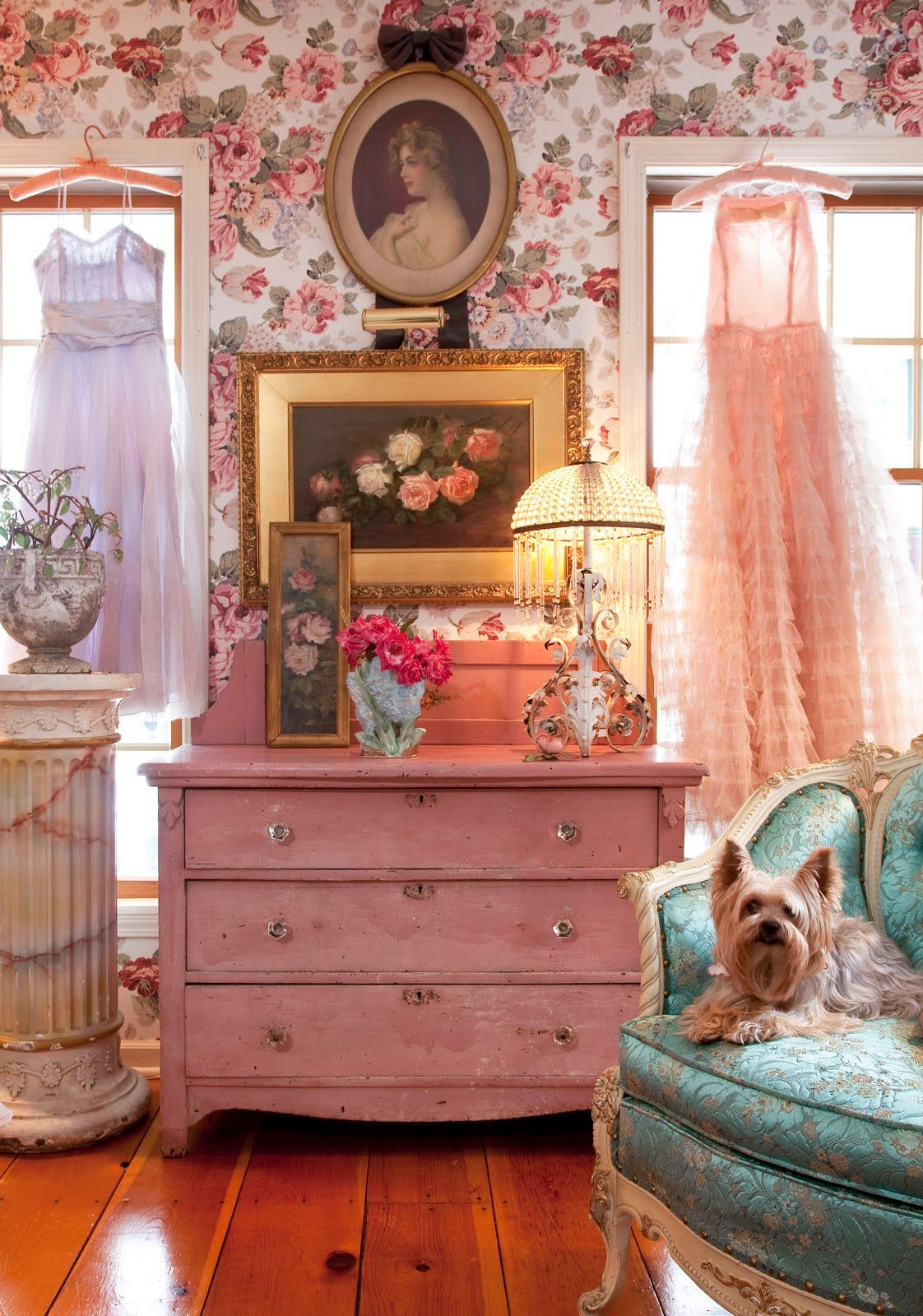 Vintage bedroom decor pictures photos and images for facebook tumblr pinterest and twitter - Vintage bedroom decor ideas ...