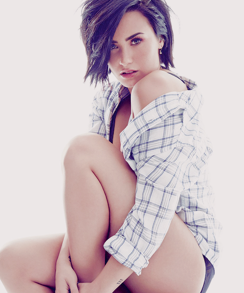 Demi Lovato Pictures Photos And Images For Facebook Tumblr Pinterest And Twitter