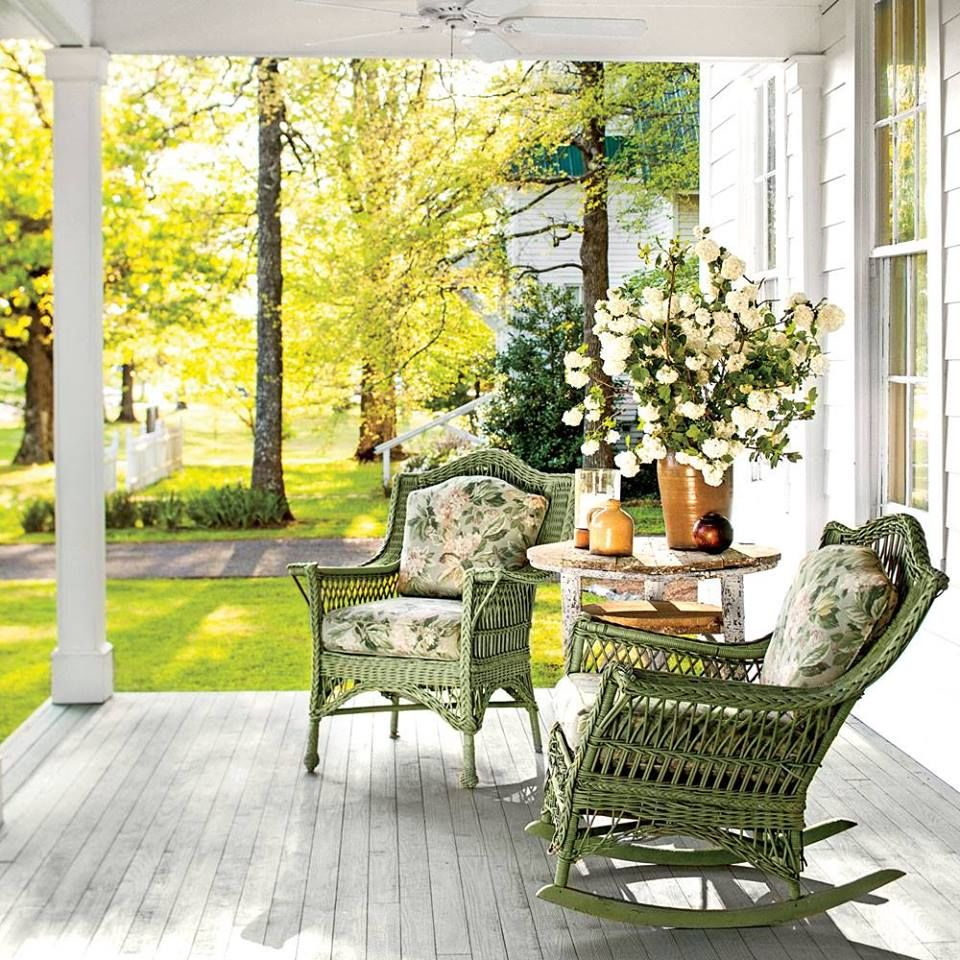 Beautiful Front Porches – Decoto