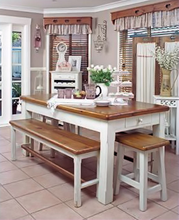 Adorable Country Farm Style Kitchen Table
