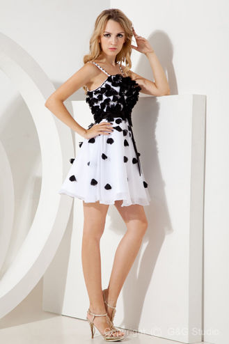 Short Black & White Party Dress Pictures, Photos, and Images for ...