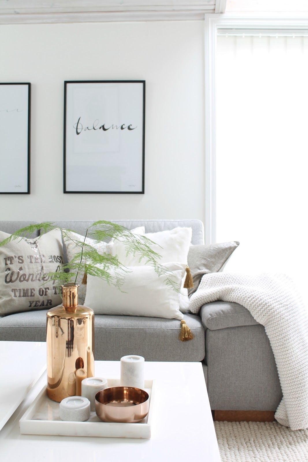 Simplistic cozy living room pictures photos and images for facebook tumblr pinterest and - Cosy home deko ...