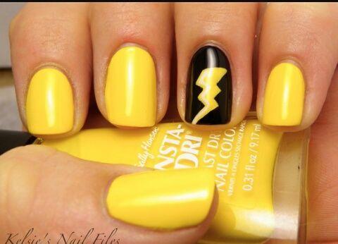 Yellow Lightning Bolt Nail Art