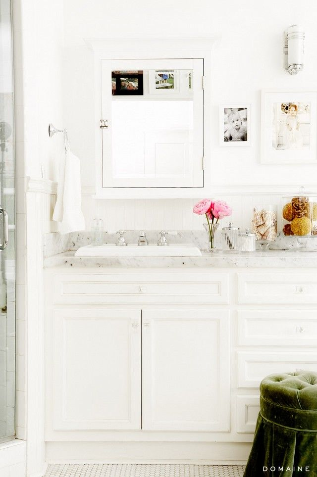 simple white bathroom pictures photos and images for 14411