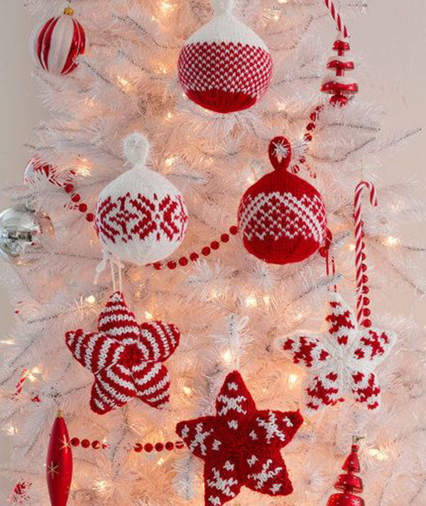 Cute red white hand knitted tree ornaments pictures for White tree red ornaments