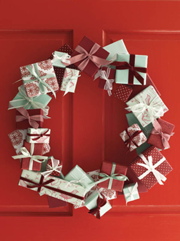 DIY Gift Wrap Wreath Pictures, Photos, And Images For