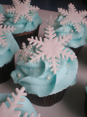 Winter Snowflake Cupcakes Pictures Photos And Images For
