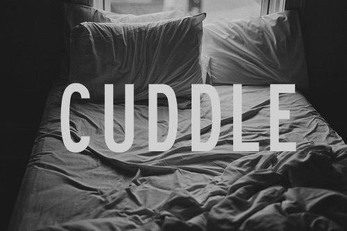Cuddle Pictures, Photo...
