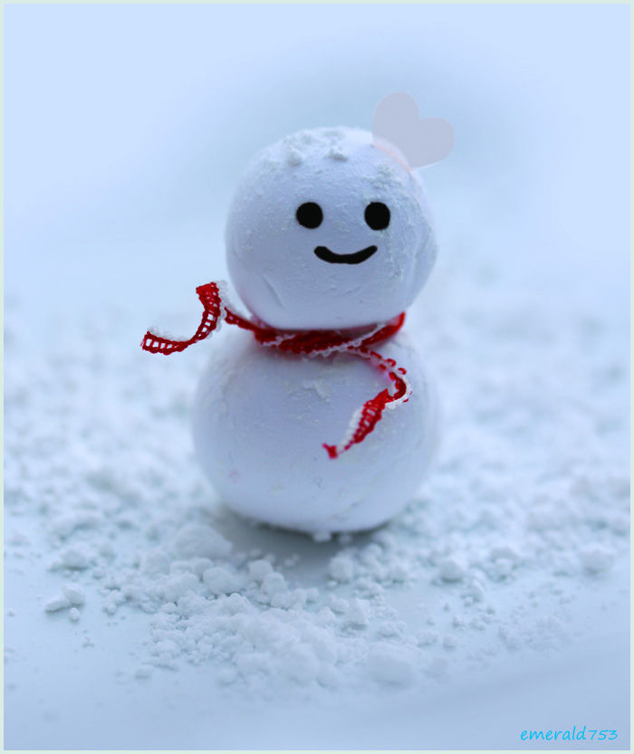Cute little snowman pictures photos and images for for Pretty christmas pics