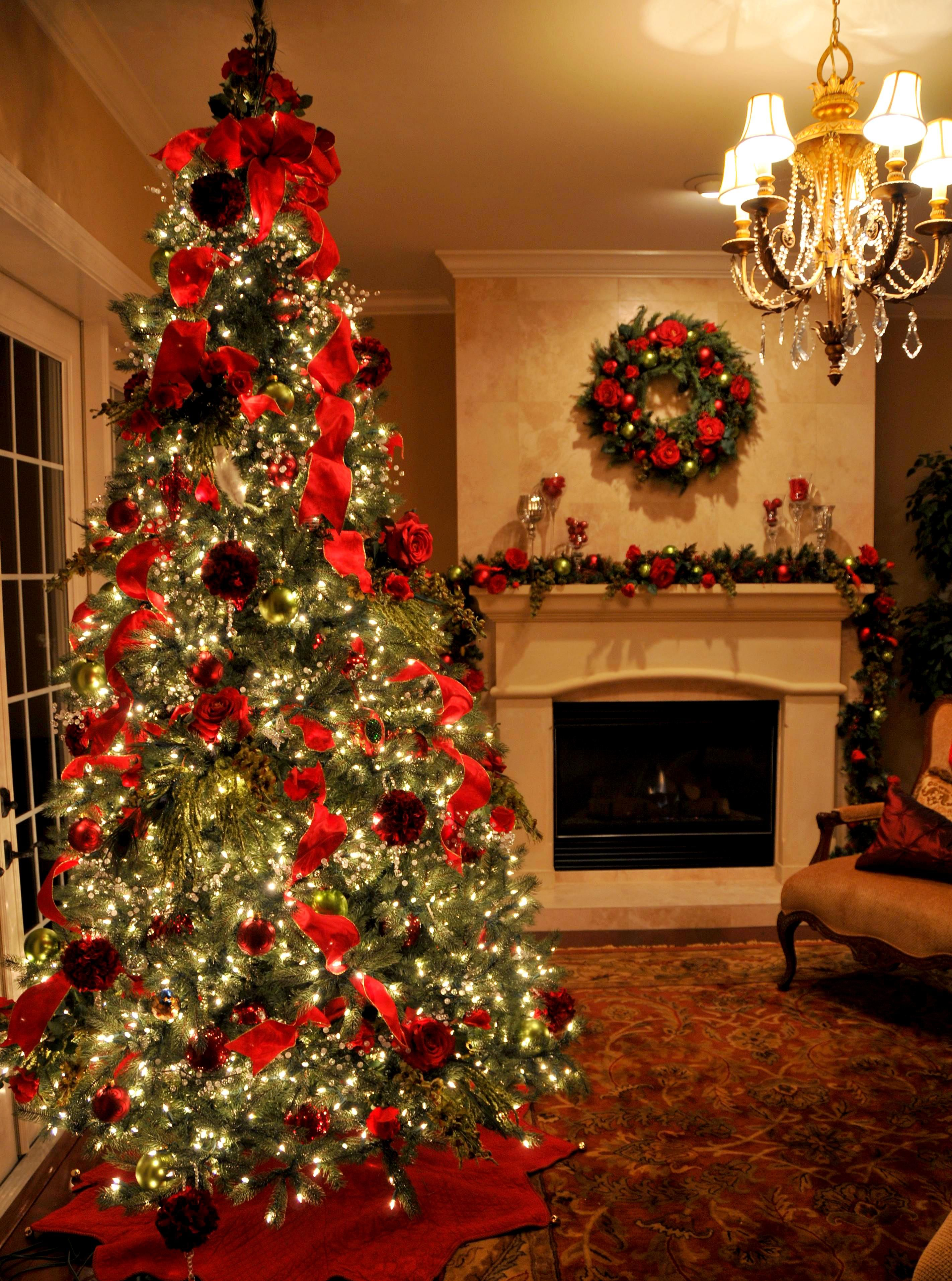 Red Christmas Decorations Pictures, Photos, and Images for ...