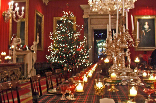 Elegant Christmas Dining Room Pictures, Photos, and Images for ...