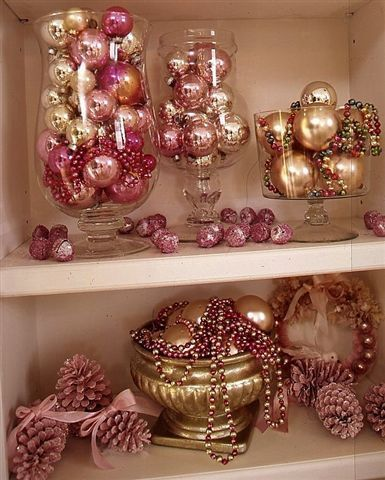 shabby chic christmas decorating - Chic Christmas Decorations