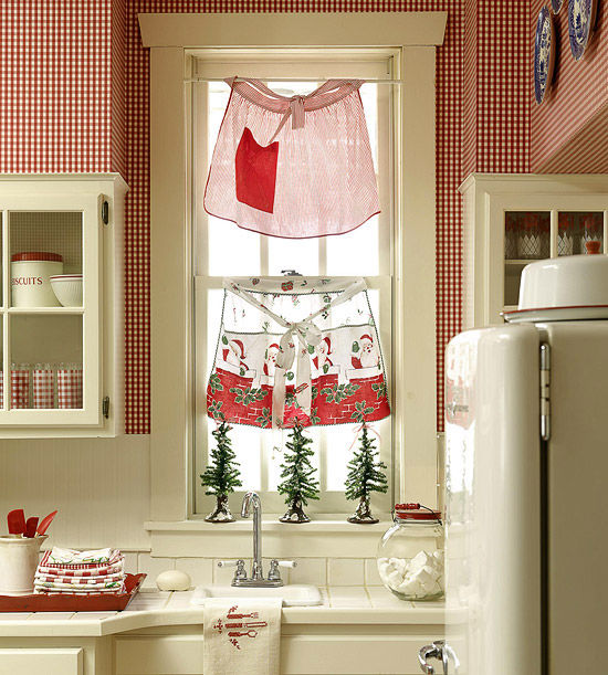 Christmas Aprons As Kitchen Curtains Pictures, Photos, And
