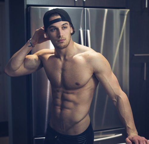 Hot Guy With Great Abs Pictures Photos And Images For