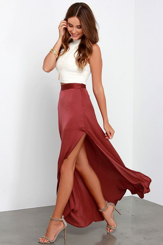 Flirty skirts are a girl's go-to, so find your fave at urgut.ga! Long, short, mini, or midi, we've got the pencil and skater styles you desire!