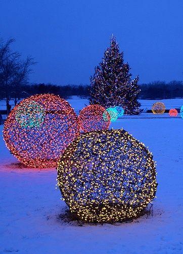 Christmas Topiary Balls.Diy Christmas Light Topiary Balls Pictures Photos And