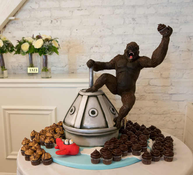 king kong wedding cake topper king kong wedding cake pictures photos and images for 16642