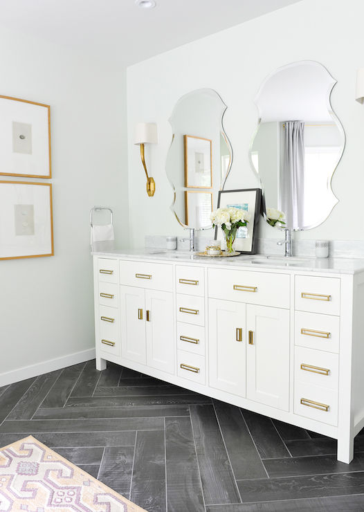 White Vanity With Brass Pulls Pictures, Photos, and Images for ...