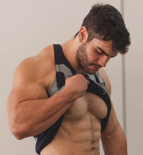 Italian Men With Hairy Chests Fucking