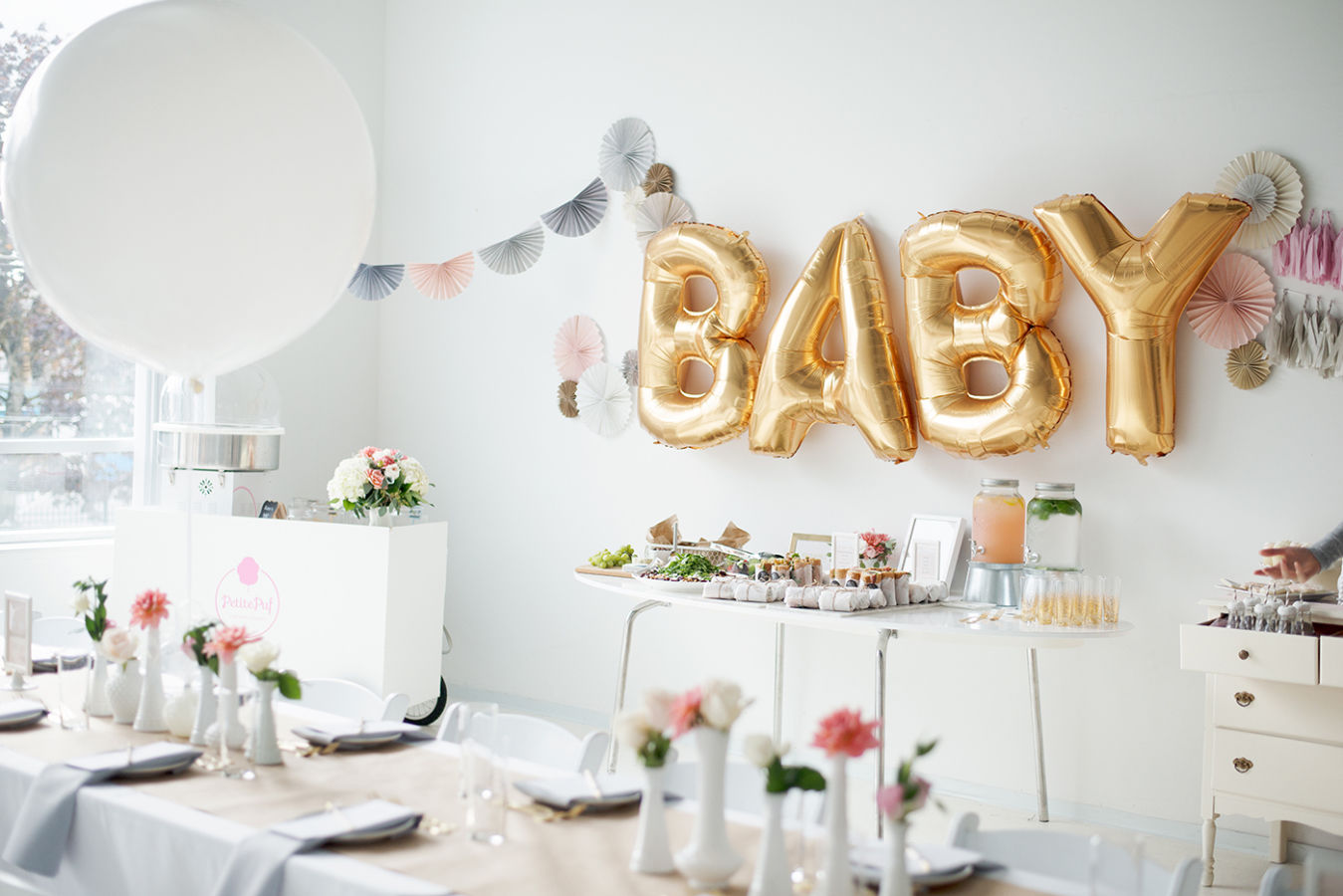 gold foil baby balloons pictures photos and images for. Black Bedroom Furniture Sets. Home Design Ideas