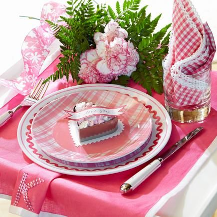 Sweet u0026 Romantic Table Setting for Valentineu0027s Day  sc 1 st  LoveThisPic & Sweet u0026 Romantic Table Setting For Valentineu0027s Day Pictures Photos ...