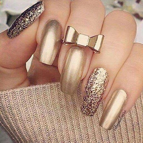 Golden Glitter Nails With Gold Bow