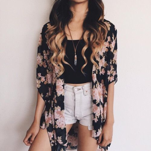 black floral kimono with white shorts pictures photos