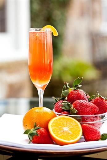 Virgin Orange Strawberry Mimosa Pictures Photos And Images For Facebook Tumblr Pinterest