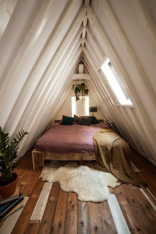 ideas for a small attic bedroom - Small Attic Bedroom s and for