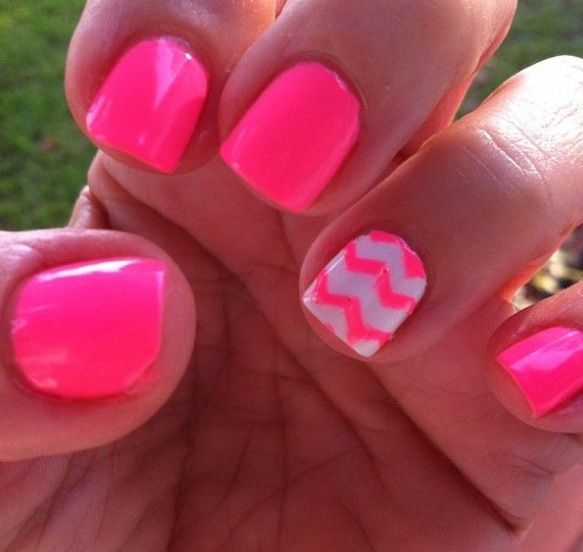 Pink chevron nails pictures photos and images for facebook tumblr pink chevron nails solutioingenieria Gallery
