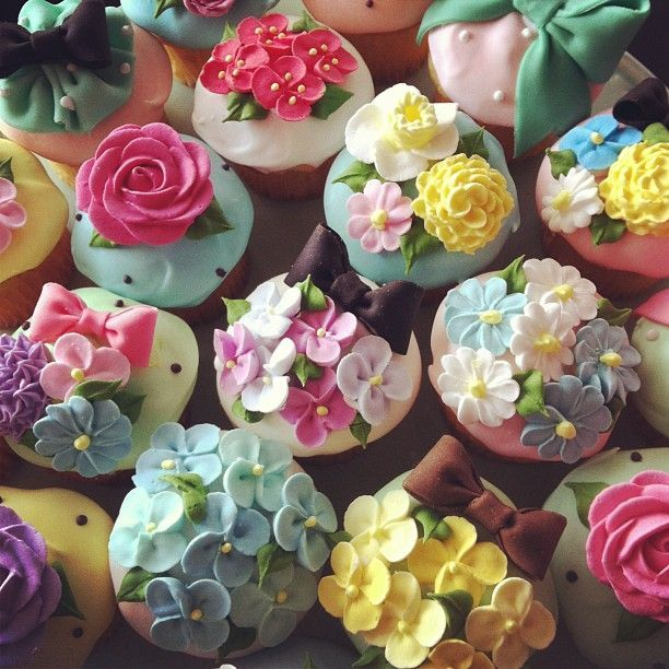 Flower Garden Cupcakes Pictures Photos And Images For Facebook