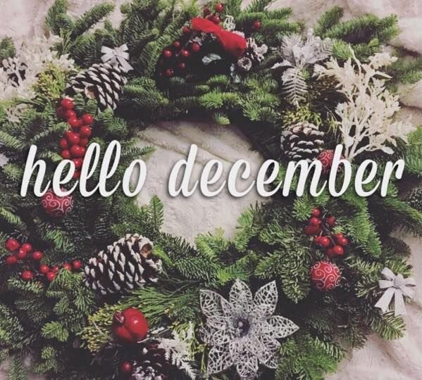 Hello December Christmas Wreath Quote Pictures, Photos