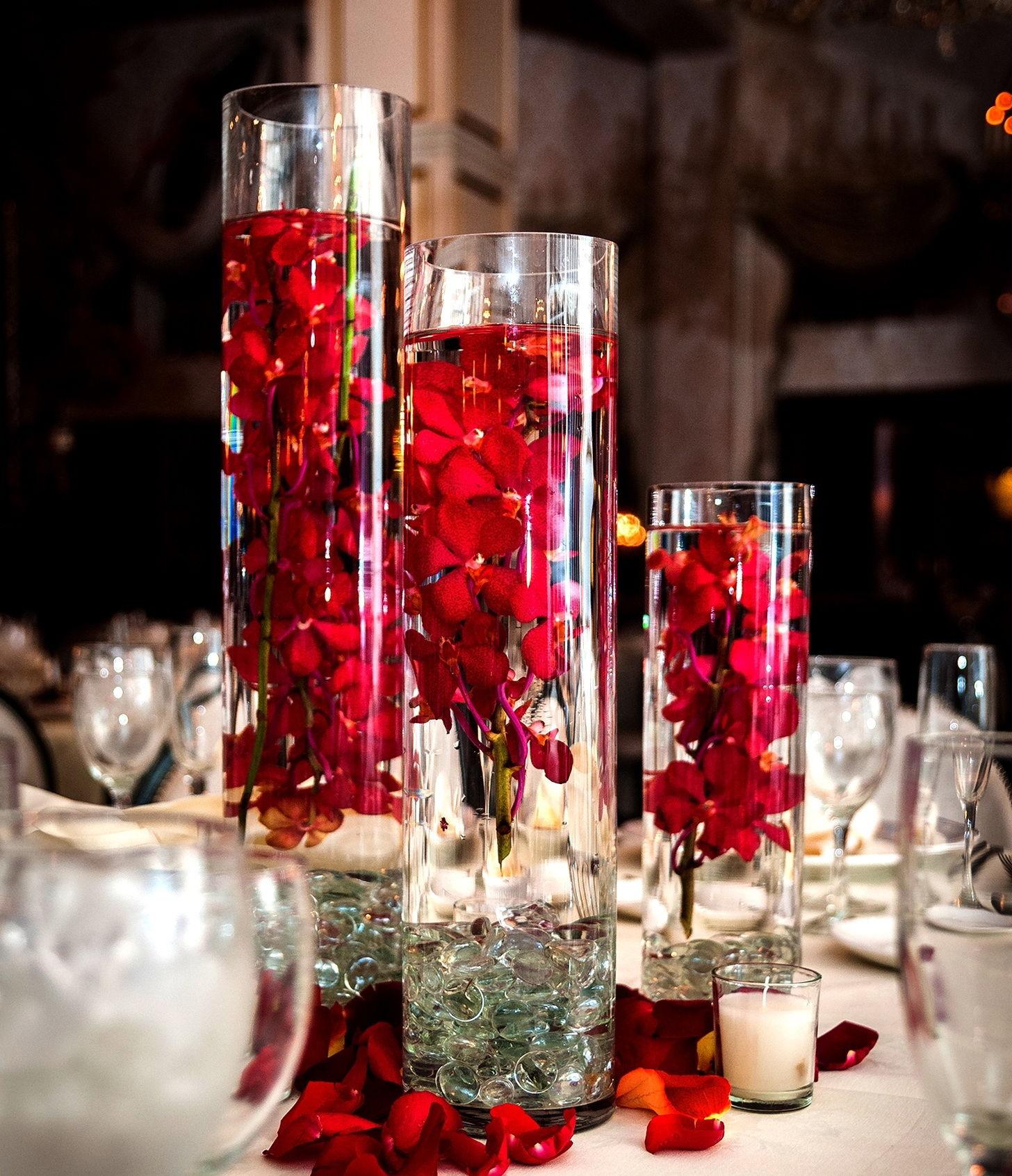 Gorgeous glass vase christmas centerpiece pictures photos