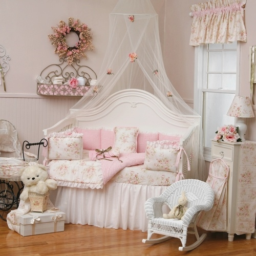 Shabby chic girl nursery pictures photos and images for - Camas estilo vintage ...