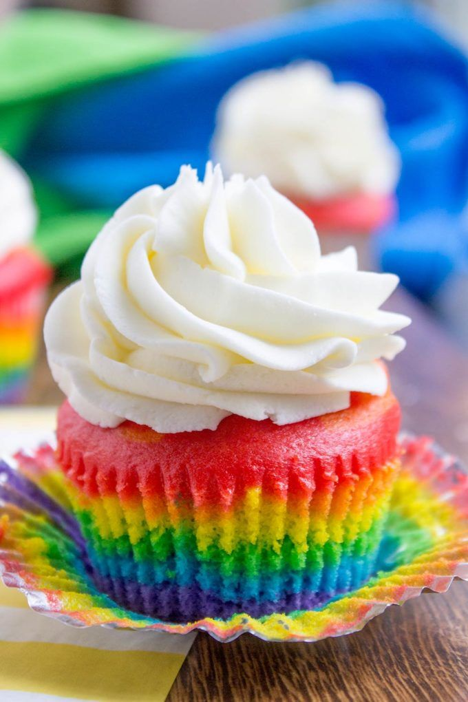 Rainbow Cupcakes With Vanilla Cloud Frosting Pictures ...