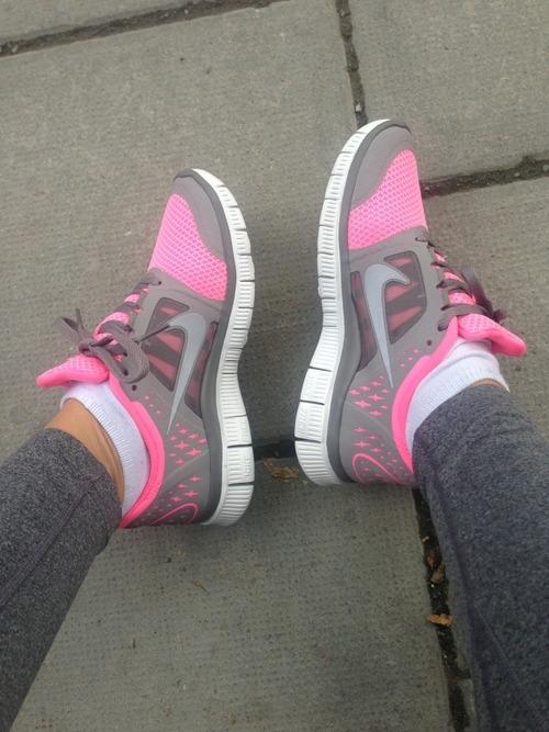 Nike Jogging Shoes
