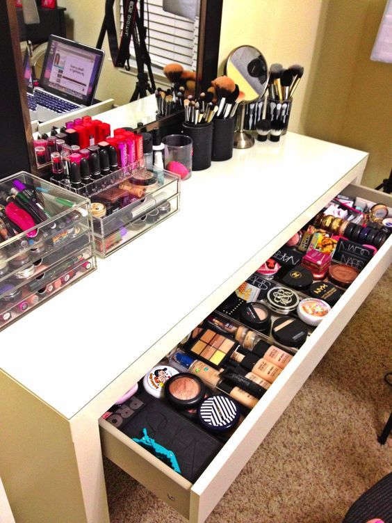 organized makeup pictures photos and images for facebook. Black Bedroom Furniture Sets. Home Design Ideas